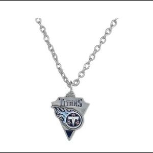 """Tennessee Titans pendant necklace with 18"""" chain"""